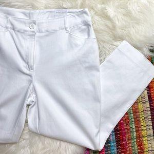 CHICO'S • NWT White Perfect Stretch Crop Capris